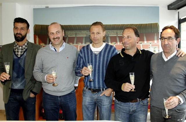 """Карпин поздравил с Рождеством журналистов, пишущих о """"Мальорке"""" (фото)"""