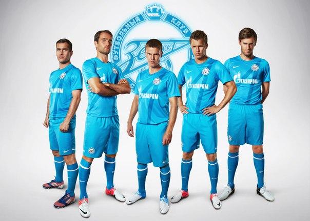 чемпионат украины по футболу играть головами