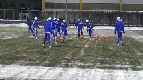 Динамо перед матчем с Рапидом провело тренировку с красными мячами - изображение 1