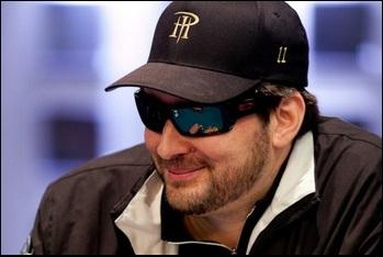 Фил Хельмут установил новый рекорд, выиграв 12-ый браслет WSOP