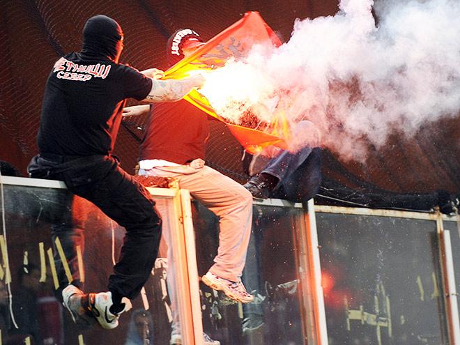 Пожар в Сербии, бои в Германии, смерть в Бразилии