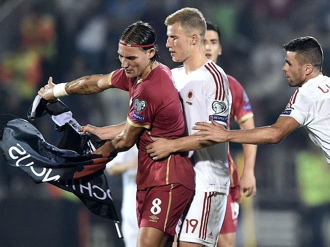 UEFA : Albaniya məğlubiyyət, Serbiya diskvalifikasiya.