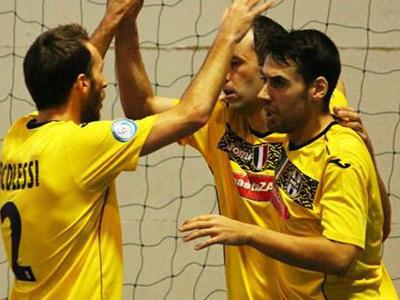 чемпионат по мини футболу италии: