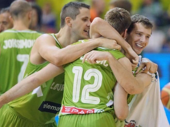 Словения выиграла оба матча на ЧМ