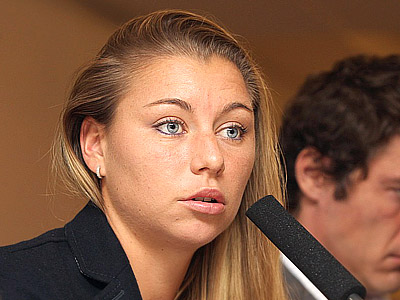 Zvonareva: to Centre Court to get used