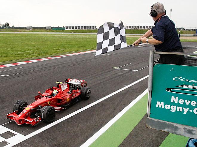 Французский поцелуй. Зачем Формуле-1 Гран-при Франции