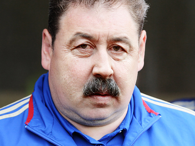Как выглядит идеальный тренер для ЦСКА и «Локомотива»?