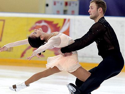 http://img.championat.com/news/big/v/y/vera-bazarova-i-jurij-larionov_13274743071935633579fg.jpg