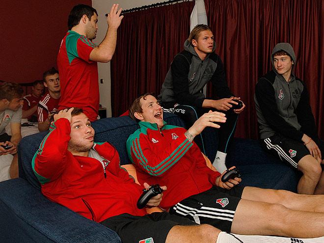«Реал», «Портсмут», «Динамо». За кого играют футболисты в FIFA-15