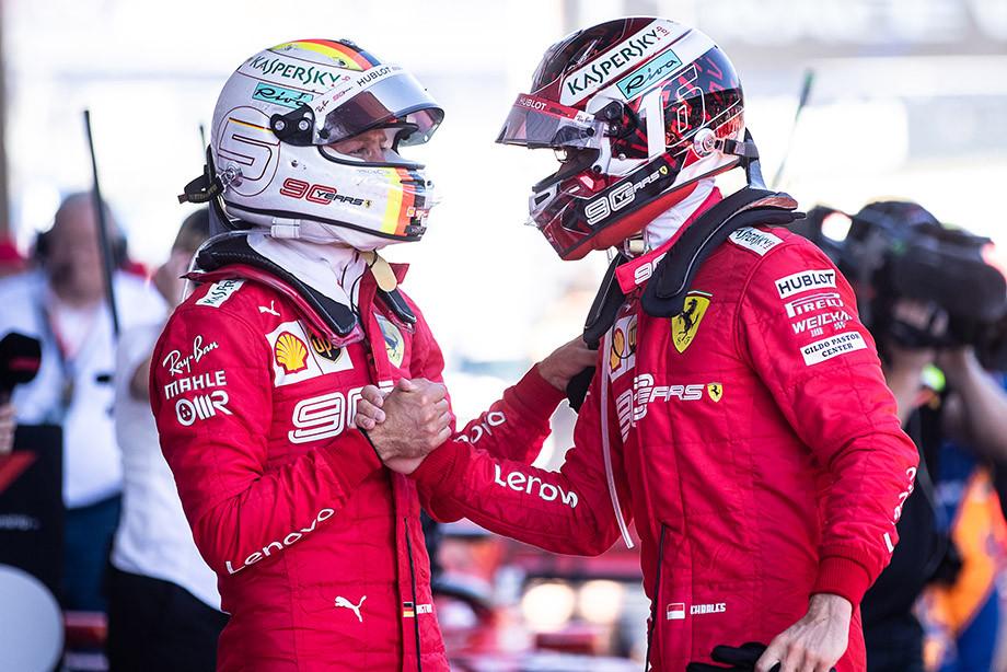 Феттель и Леклер после финиша Гран-при Австрии.