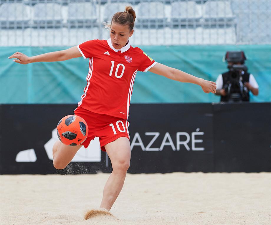 Россиянки победили вКубке Европы попляжному футболу