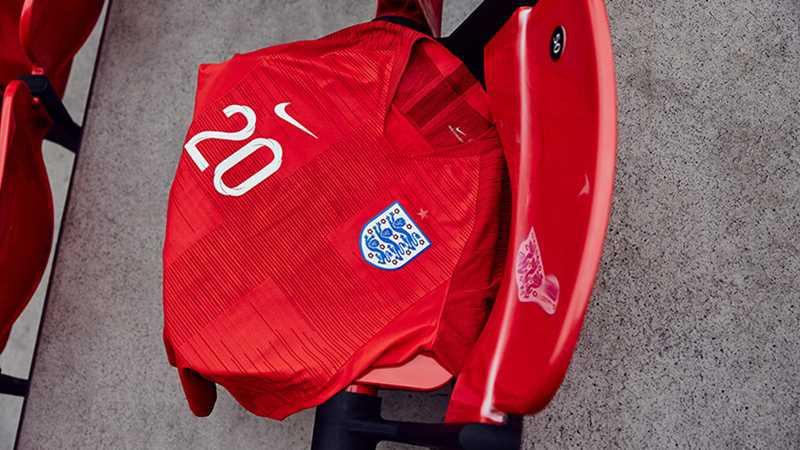 Новая гостевая форма сборной Англии