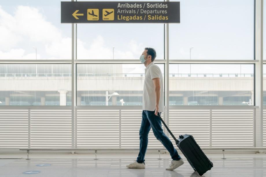 Куда можно полететь с 1 августа? В какие страны разрешён въезд россиянам?