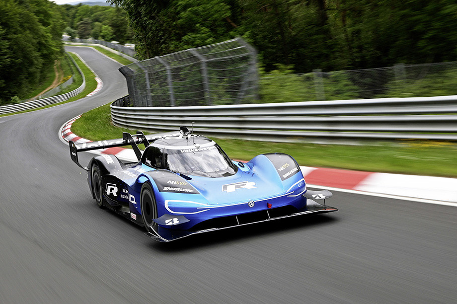 Электрокар Volkswagen ID. R — рекордсмен Фестиваля скорости в Гудвуде и Пайкс-Пик