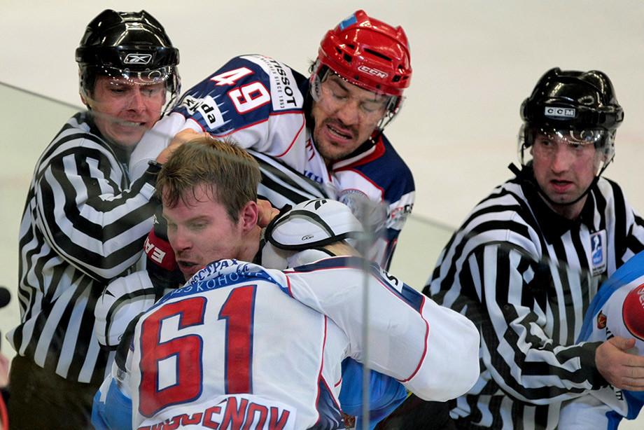 Как Артюхин наказывал финнов в 2011 году, своими руками уложил троих