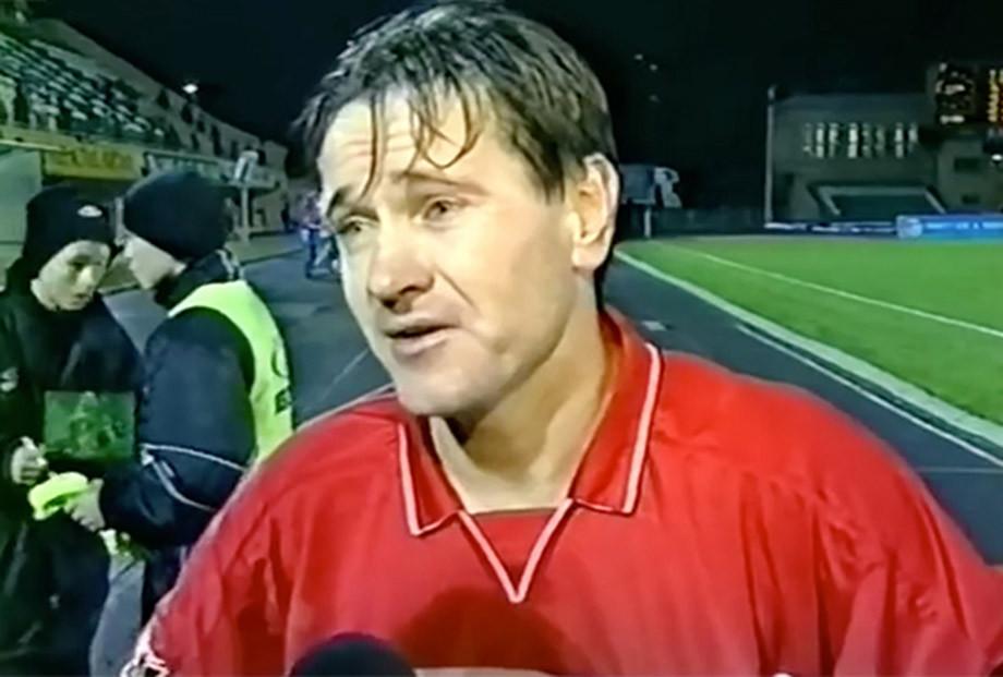 Дмитрий Аленичев даёт интервью после матча