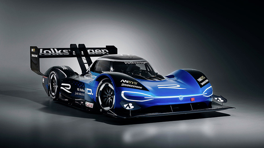 Мощнейший электрокар «Фольксвагена» заткнул за пояс даже чемпионский болид Формулы-1