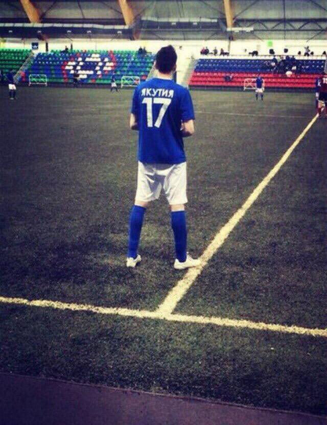 Ещё недавно Денис Макаров бегал на КФК