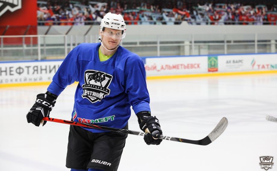 Как возрастной лимит ВХЛ влияет на российский хоккей?