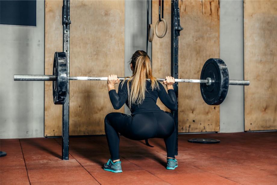 Самые опасные упражнения в тренажёрке, которые могут навредить здоровью. Список