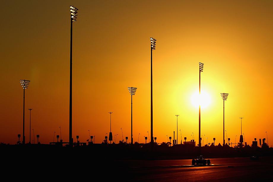 Самые зрелищные моменты Формулы-1. Хэмилтон, Шумахер и ночные гонки