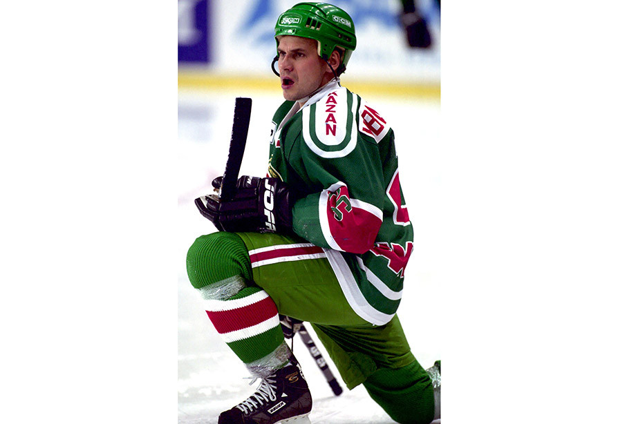 Сбегал из «Химика», бесил Плющева, мог стать звездой НХЛ. Каким хоккеистом был Квартальнов
