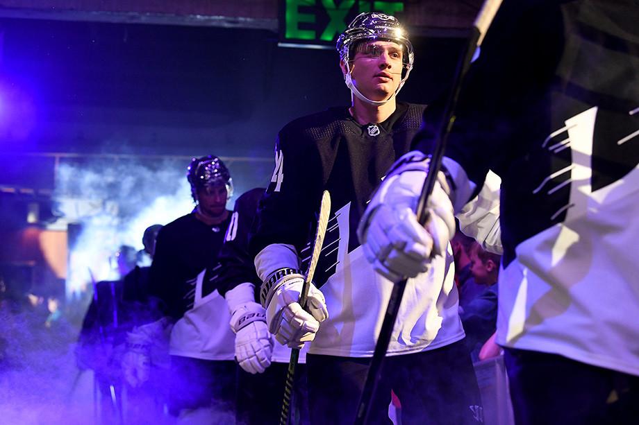 12 российских хоккеистов, которым пора возвращаться из Америки в Россию