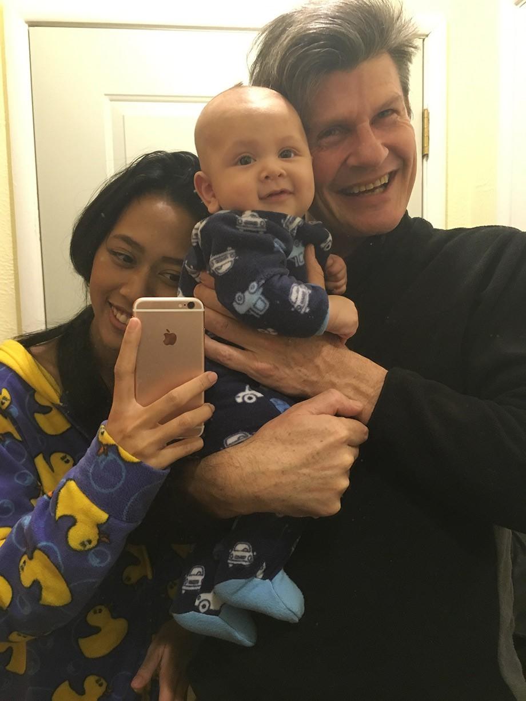 Дейл Малхолланд с семьёй