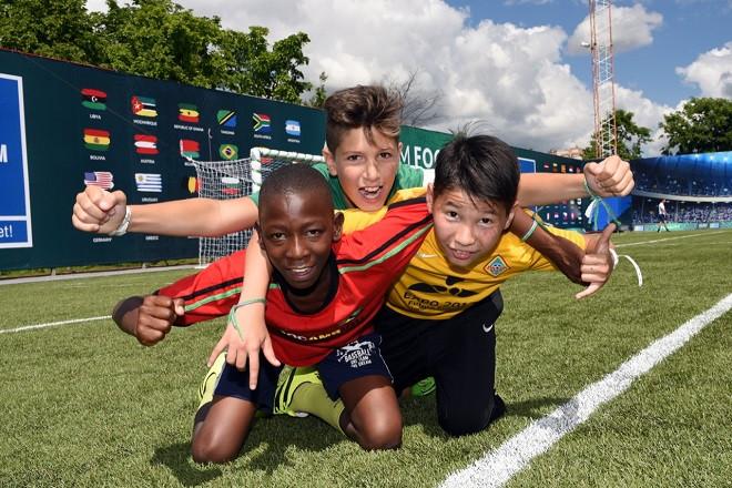 Сегодня стартует седьмой сезон социальной программы «Футбол для дружбы»