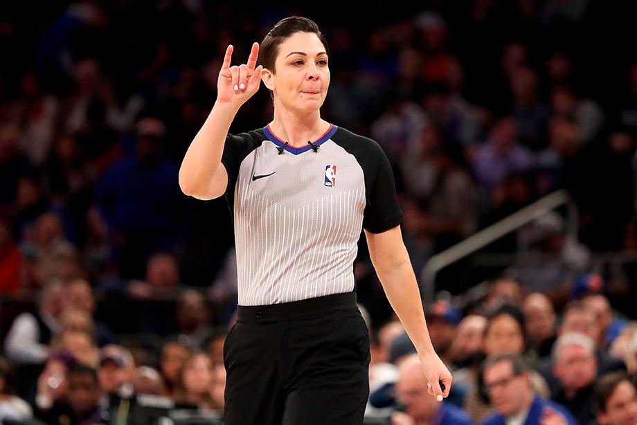 Матч НБА отсудила арбитр-мать