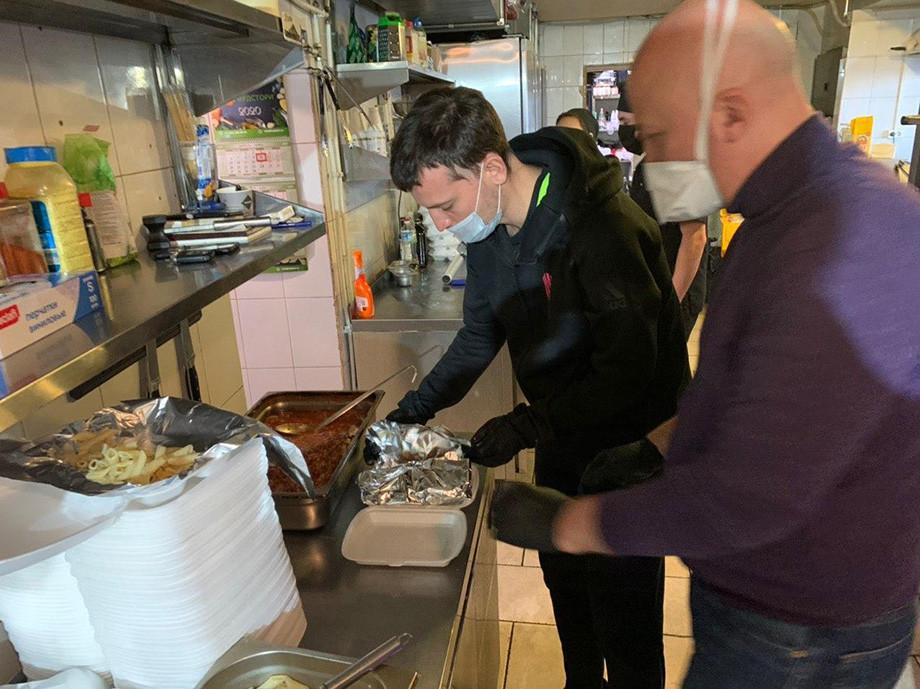 Дмитрий Егоров о том, как РПЛ доставляет еду в больницы