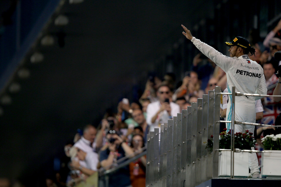 Хэмилтон после победы на Гран-при Абу-Даби-2019