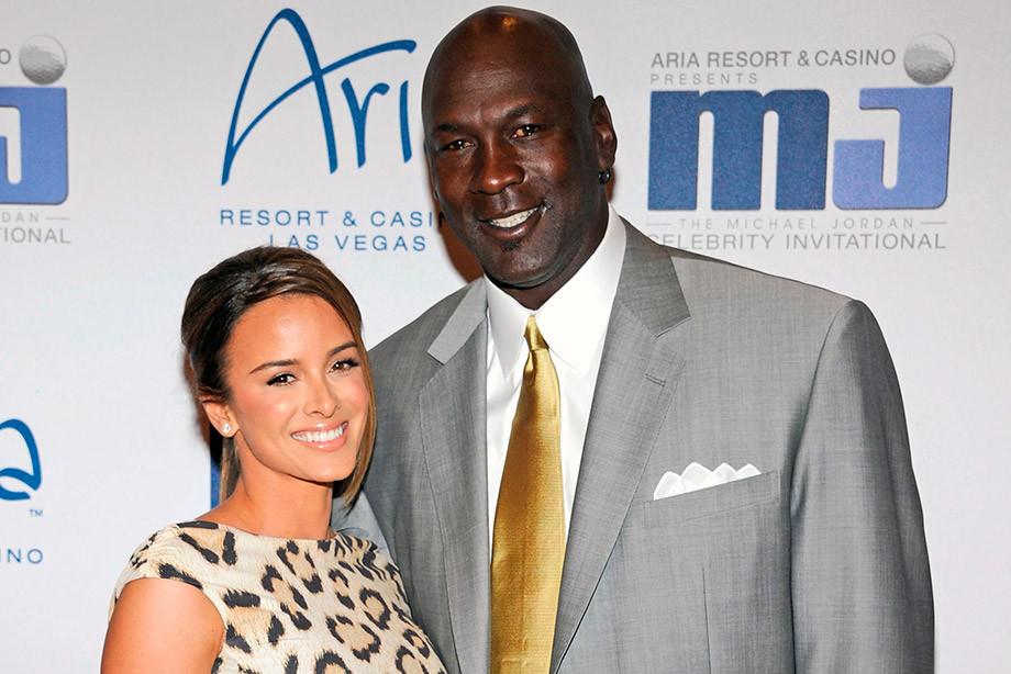 Легенда НБА Майкл Джордан заплатил жене Хуаните крупнейшую сумму за развод в истории, 2006