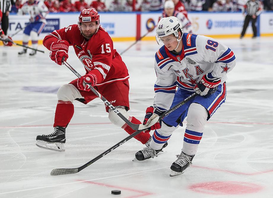 10 российских игроков, которые решили остаться в КХЛ и не уезжать в НХЛ