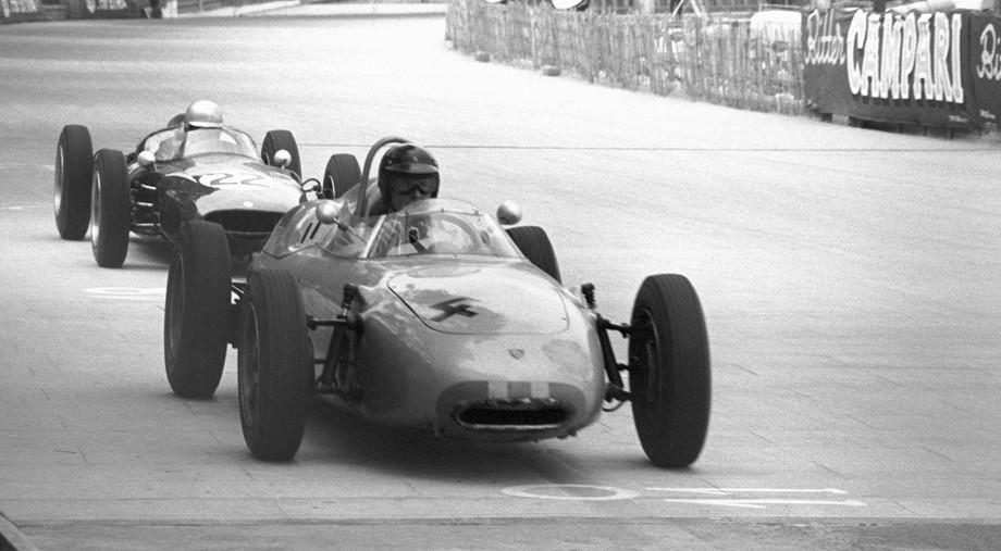 Легенды Porsche. С гонками в ДНК