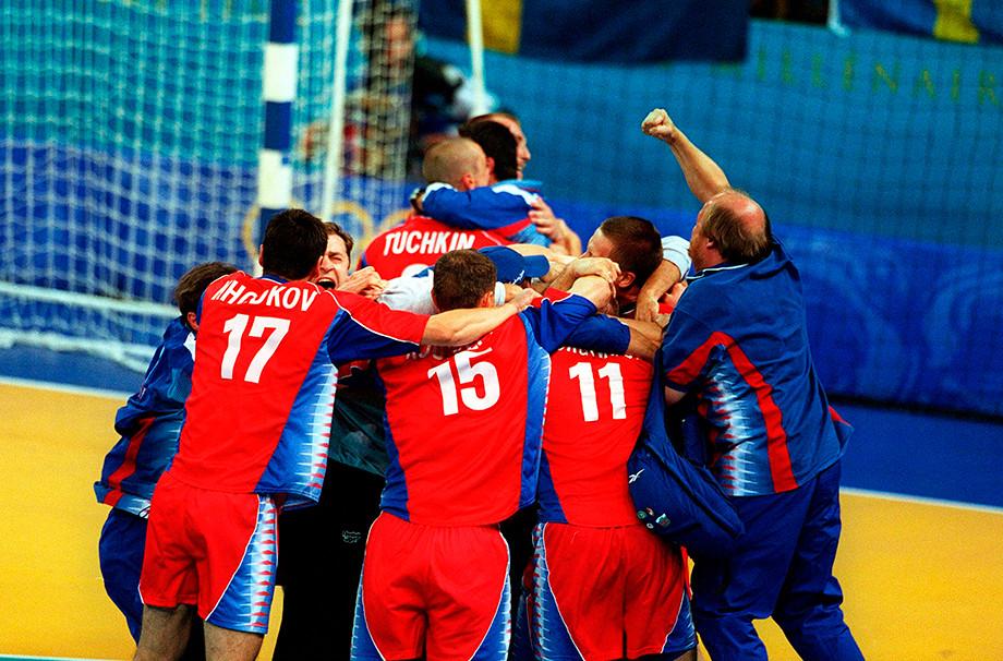 История героической победы мужской сборной России по гандболу на Олимпиаде в Сиднее