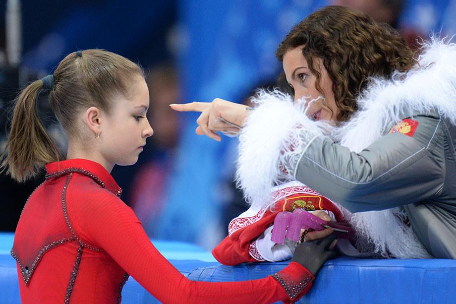Грустная история Юлии Липницкой – что вынудило фигуристку завершить карьеру?