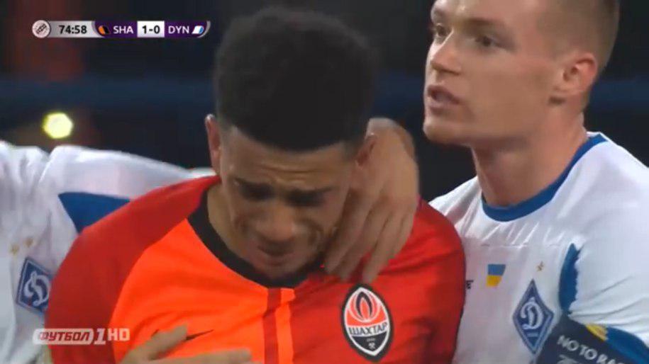 Тайсон расплакался после расистских оскорблений фанатов