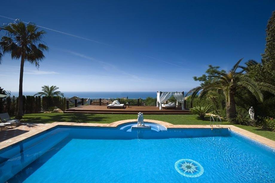 Новая вилла Джоковича в Испании за € 10 млн, там есть бассейн, корт, сауна, фото- и видеоэкскурсия