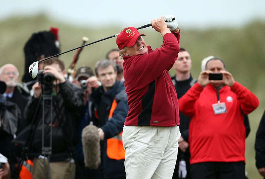 Дональд Трамп открывает поле для гольфа в Шотландии, 2012 год