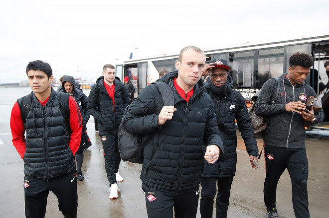 «Спартак» отправился в Краснодар в составе 21 футболиста
