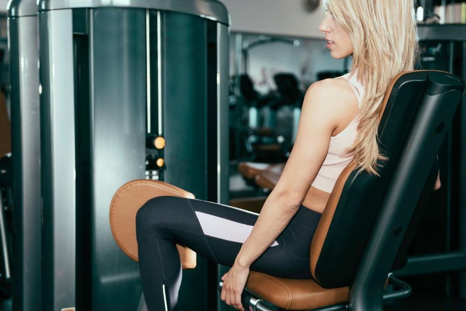 Упражнения, которые портят женскую фигуру. Как не перекачаться?