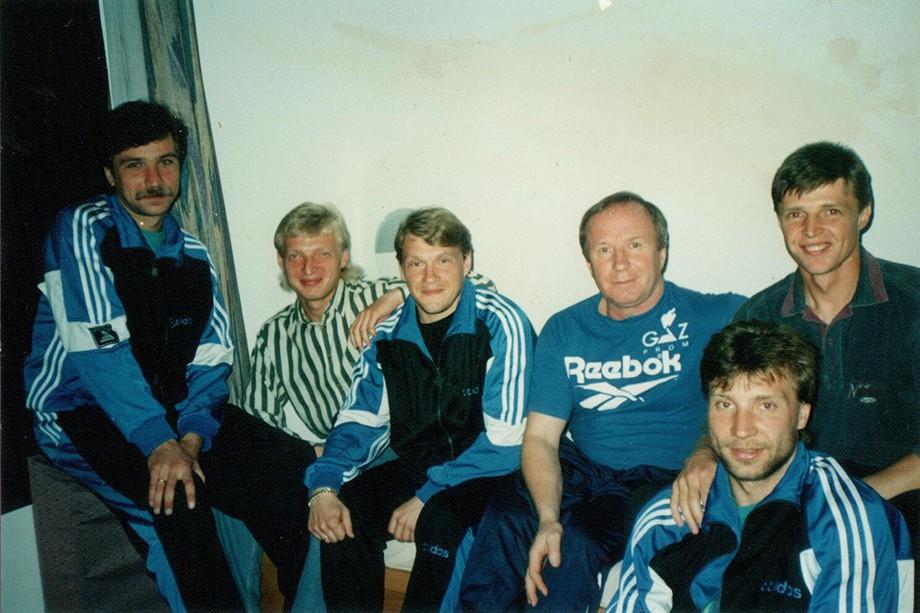 ЦСКА-1991: (слева-направо) Дмитрий Быстров, Василий Иванов, Валерий Брошин, Павел Садырин, Сергей Дмитриев и Олег Малюков