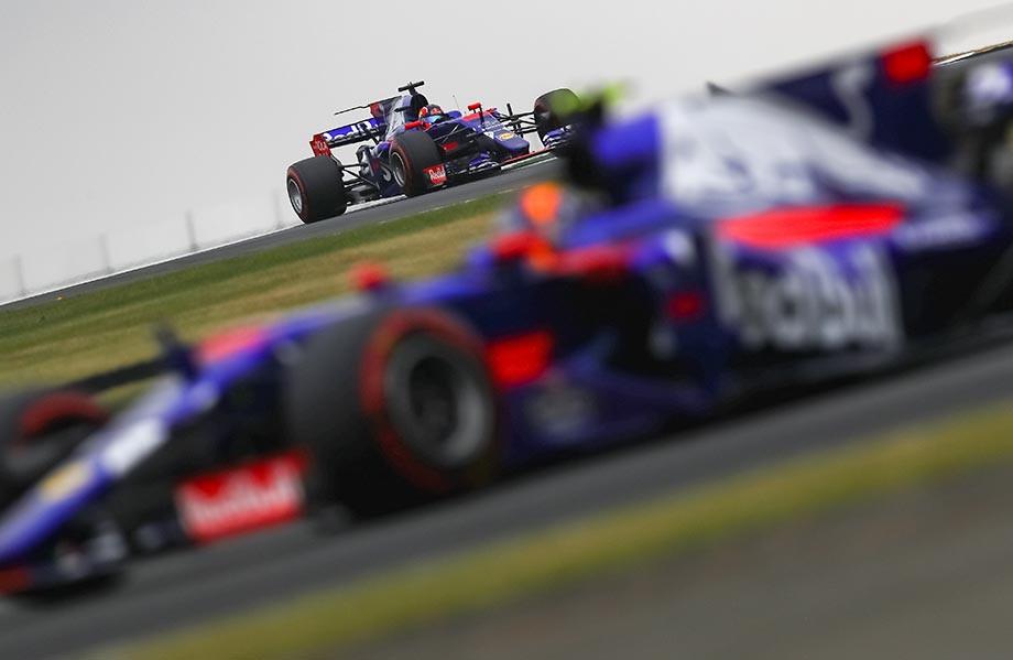 Квят и Сайнс в квалификации перед Гран-при Великобритании-2017