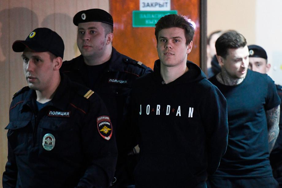 Как Кокорин вернулся в форму после тюрьмы? Тренировочный план футболиста