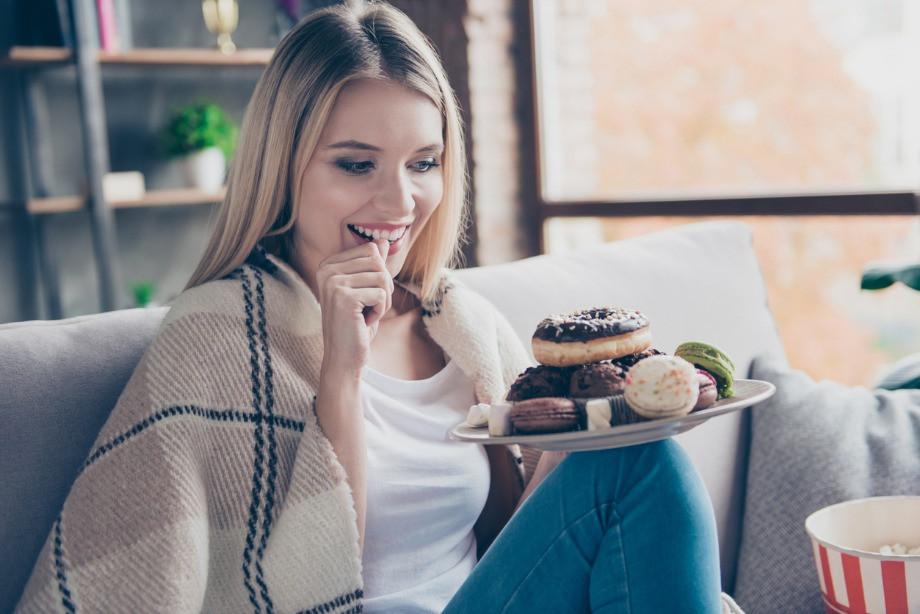 Чем заменить конфеты и печенья при похудении