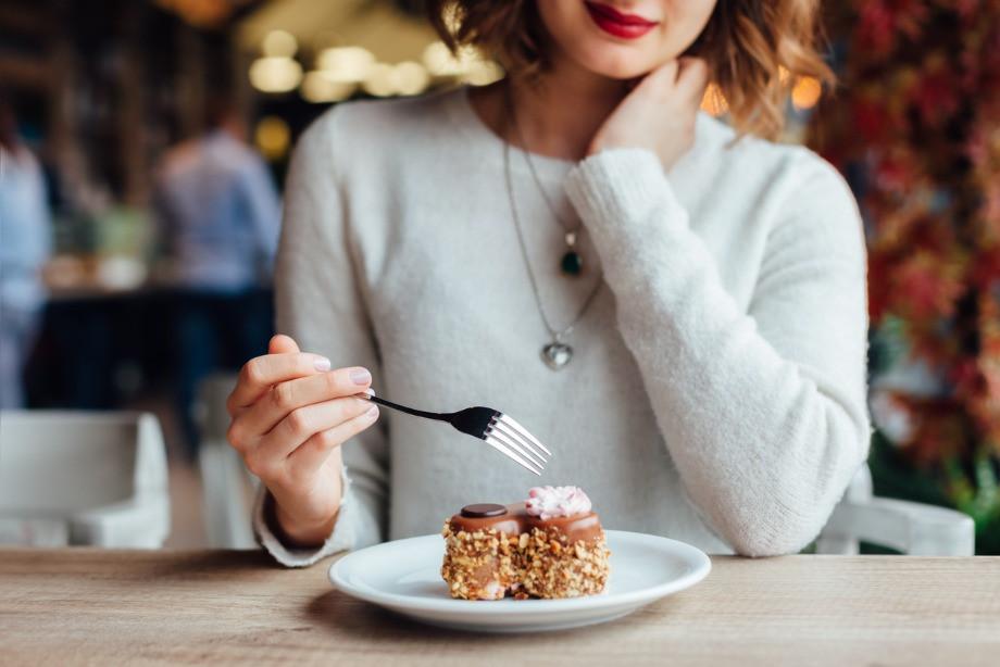 Как есть и не толстеть? Привычки худых девушек. Правила питания, сон