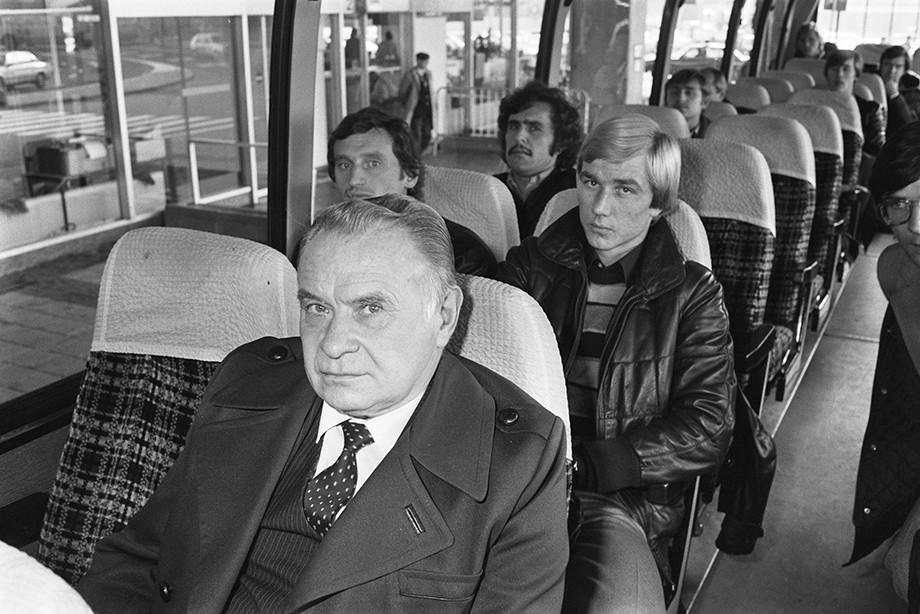 Константин Бесков в автобусе «Спартака»