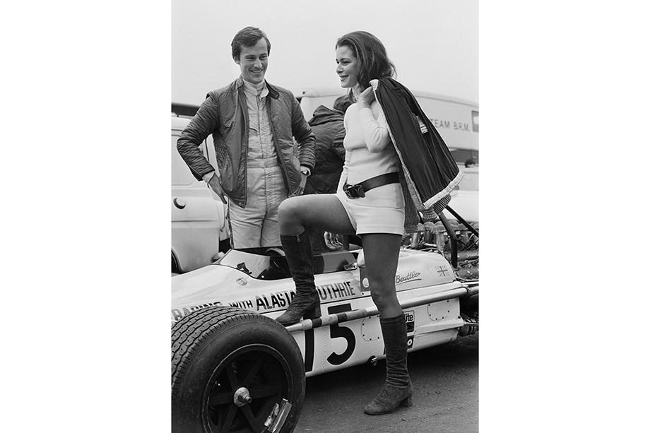 Майк Бьюттлер — первый полуоткрытый гонщик-гей в Формуле-1, кто он такой, биография