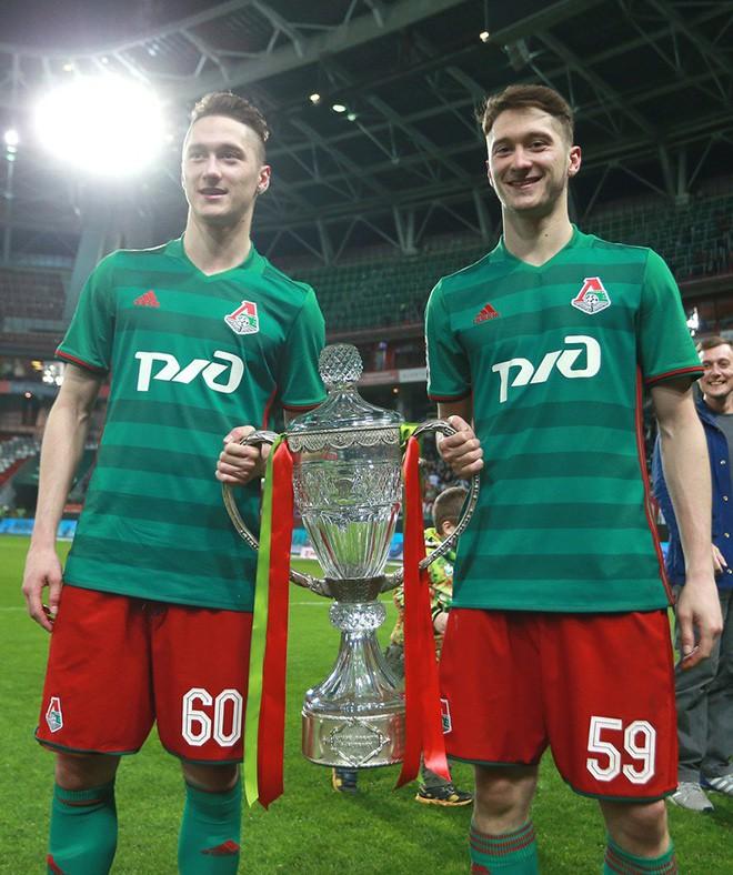 Алексей Миранчук перезаключил договор с«Локомотивом»